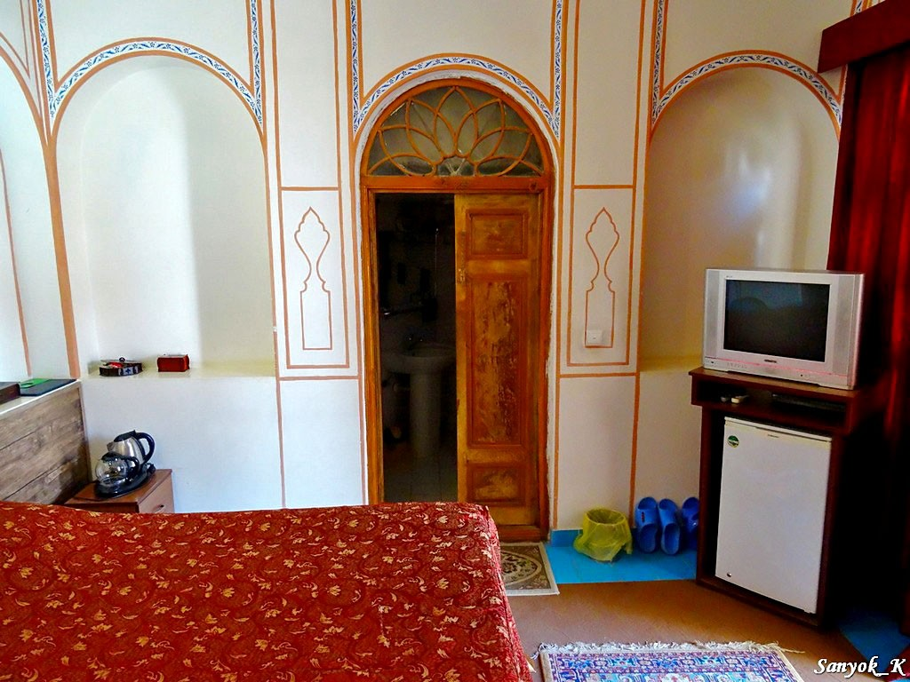0456 Isfahan Traditional hotel Исфахан Отель Традиционный