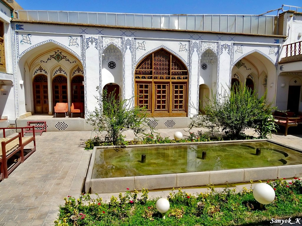 0459 Isfahan Traditional hotel Исфахан Отель Традиционный