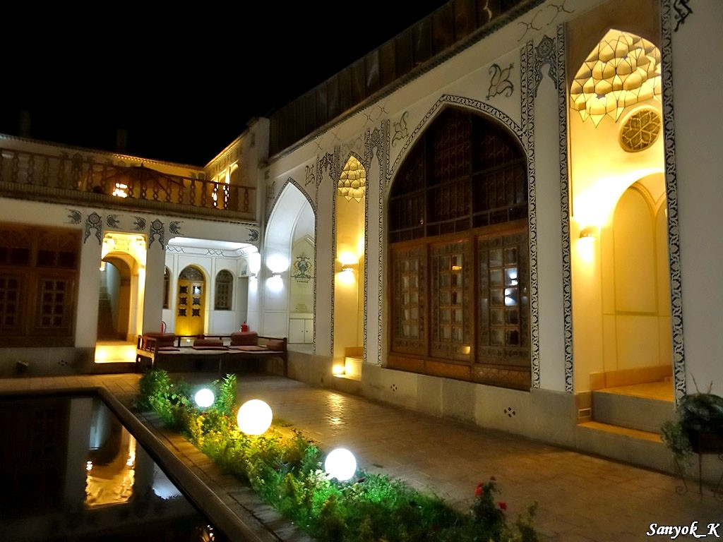 0463 Isfahan Traditional hotel Исфахан Отель Традиционный