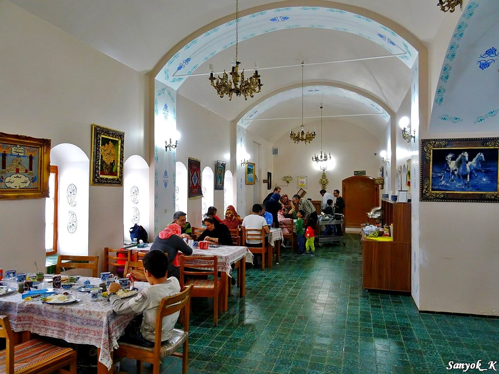 3028 Nain Tourist hotel and restaurant Наин Ресторан Турист отель