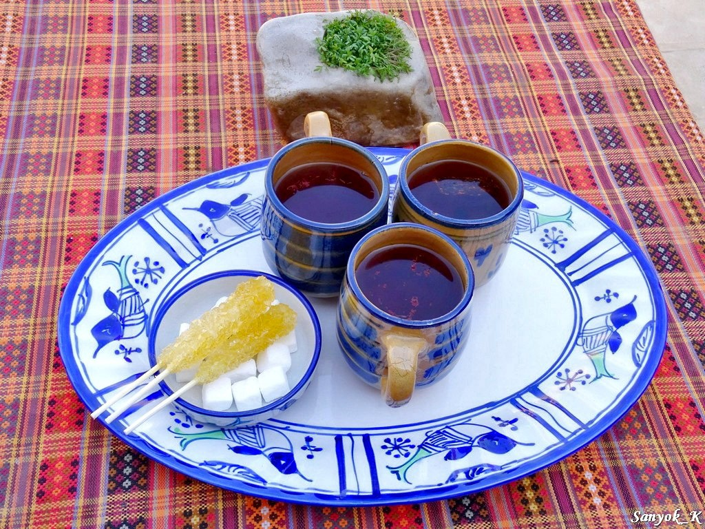 4029 Yazd Art house chaykhaneh cinnamon tea saffron tea Yazd Art house chaykhaneh Йезд Чайхана Арт Хаус шафрановый чай