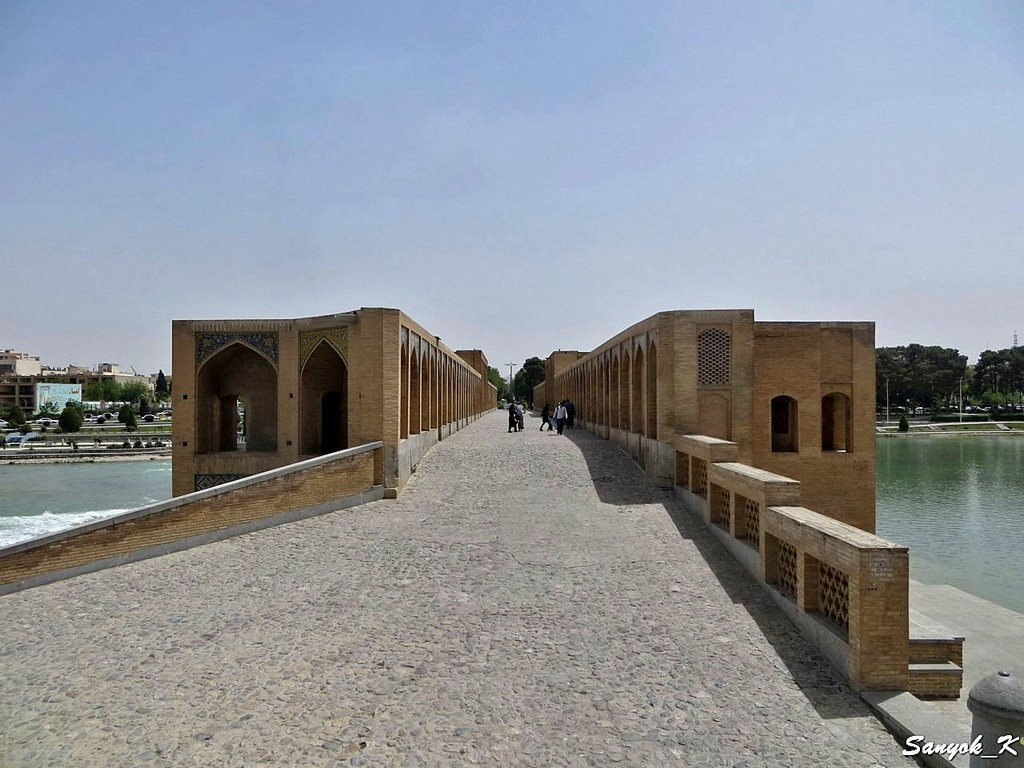0231 Isfahan Khaju Bridge Исфахан Мост Хаджу