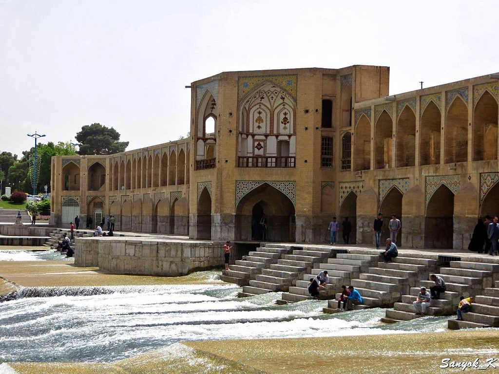 0235 Isfahan Khaju Bridge Исфахан Мост Хаджу