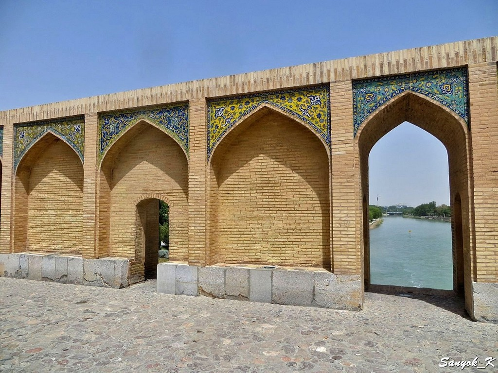 0238 Isfahan Khaju Bridge Исфахан Мост Хаджу
