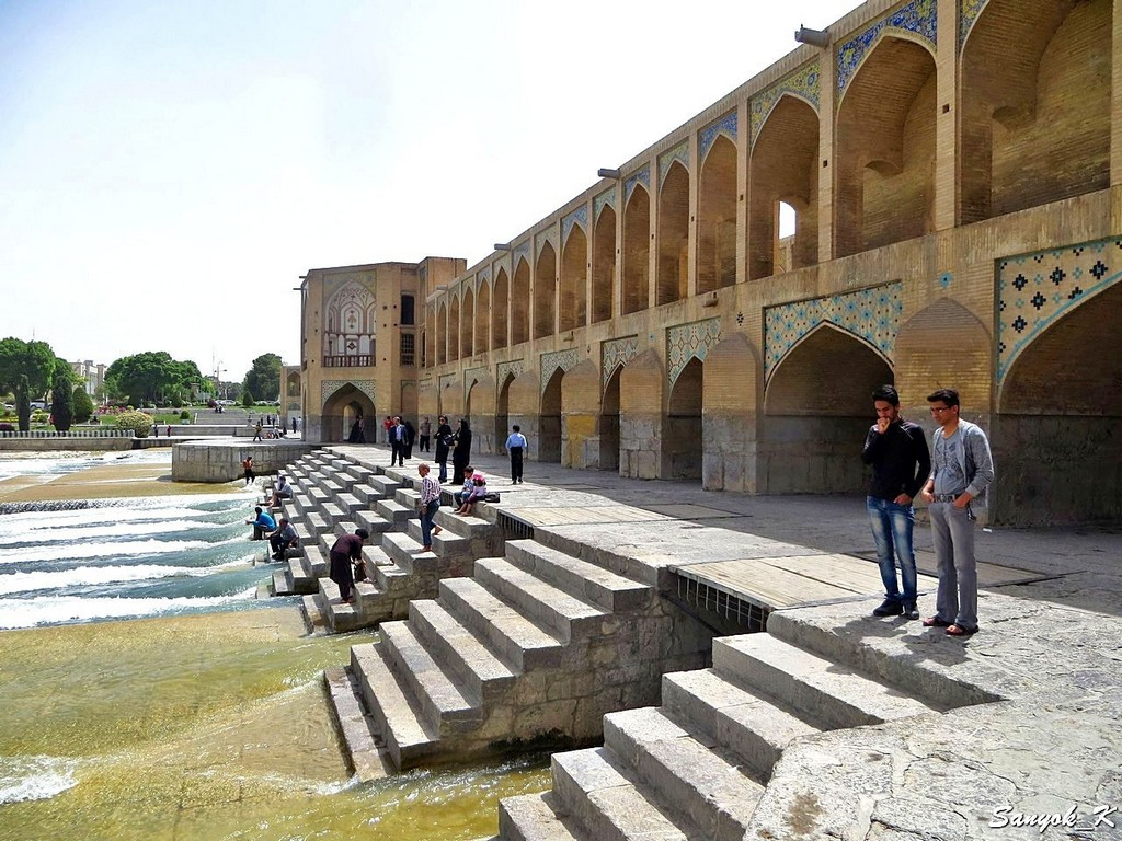 0242 Isfahan Khaju Bridge Исфахан Мост Хаджу