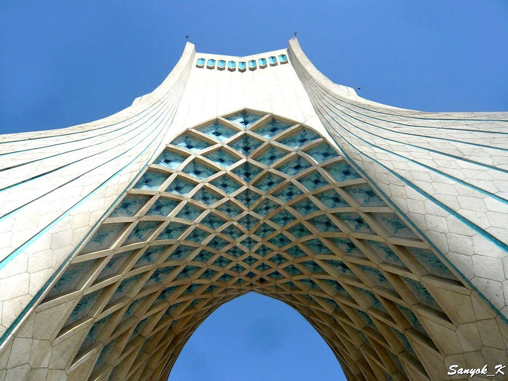 0801 Tehran Azadi tower Тегеран Башня Азади