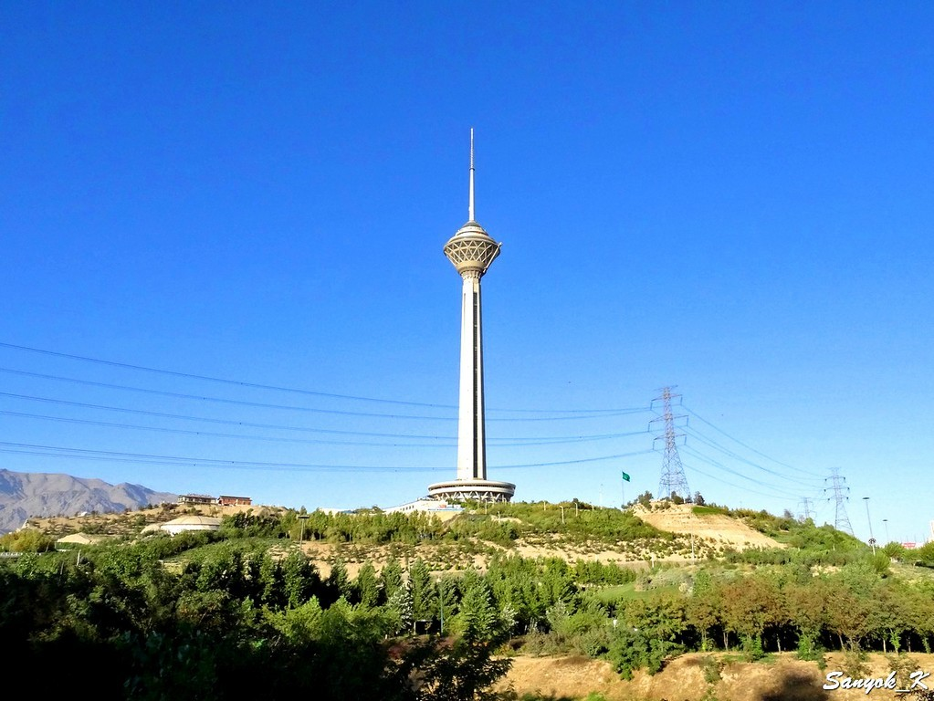 0025 Tehran Borj e Milad Milad tower Тегеран Башня Милад Бордж е Милад