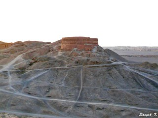 2748 Yazd Dakhmeh Tower of Silence Йезд Башня молчания дахме